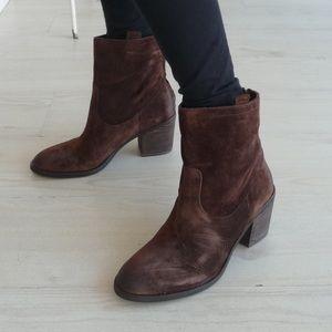 Sam Edelman | Farrell Cognac Suede Ankle Boots